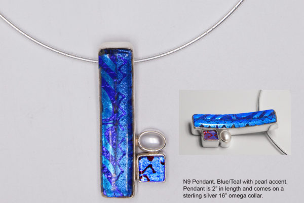 N9 Blue curved pendant