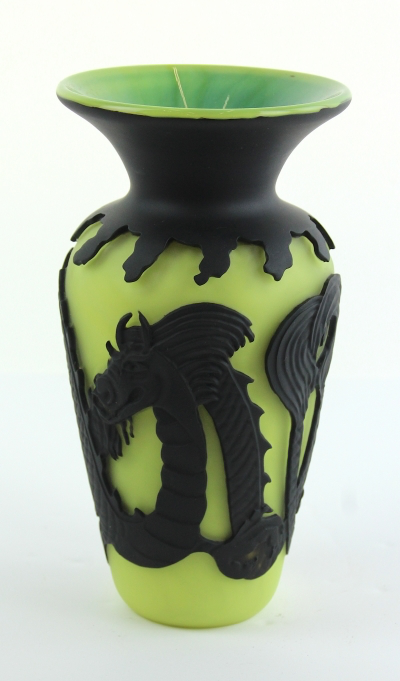 #1 Dragon Vase Cameo